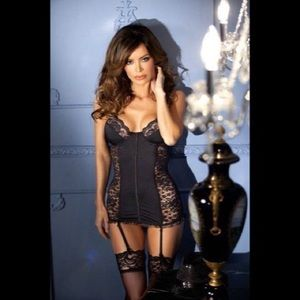 BeWicked Lingerie Bodyhugging Black Lace Chemise🖤